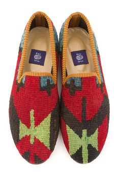 This pair of loafers is a one-of-a-kind. It is literally impossible to create two identical pairs of shoes, so the shoes you receive will be competely unique, never to be exactly reproduced. Sock Shoes, Shoe Boots, Shoe Bag, Christian Louboutin Loafers, Derby, Only Shoes, Crochet Shoes, Fashion Shoes, Mens Fashion