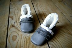 Fringed sof leather slippers by madkouch