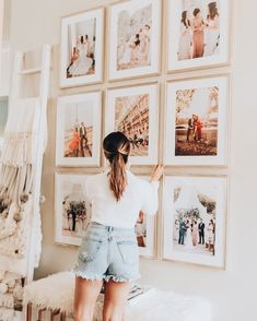 Boho Chic Gallery Wall Look at this unique gallery wall with chic tiled photos. Such a cute and organized decor idea for a bohemian living room or entryway. Apartment Decoration, First Apartment Decorating, Romantic Bedroom Decor, Bedroom Ideas, Design Bedroom, Wall Design, Design Design, Instagram Wall, Dark Wood Furniture