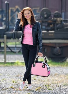 Shoot by Thomi Studhalter in Emmen Switzerland. Where can I get those bags? I prefer to not order them online because I want to see them in real life first. - No Problem, visit us in the old town of Aarau. Creativa, Pelzgasse 7, Aarau / Switzerland #studhalter.org #creativa #jumpfrompaper #handtaschen #natura24 #fashionbag Jump From Paper, Things I Want, Old Things, Old Town, Fashion Bags, Switzerland, Real Life, Lifestyle, Fashion