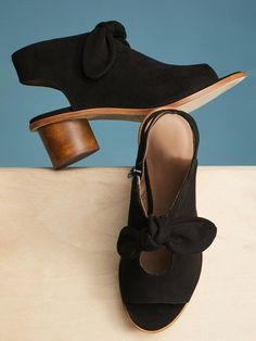 6e2702fc606 Elegant Bow Peep Toe Heels Zipper Chunky Heel Sandals