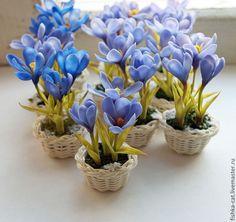 """Купить Миниатюра """"Крокусы - малютки в снегу"""" - васильковый, крокус, миниатюра, голубой, сиреневые цветы"""