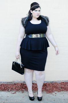 aussie curves plus size danimezza blogger outfit dress peplum black fur gold SPIKE