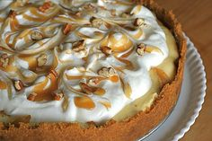 caramel apple cheesecake pie - two of my favorites in one dessert