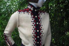 Vintage Women's Norwegian Hand Knit Wool Sweater