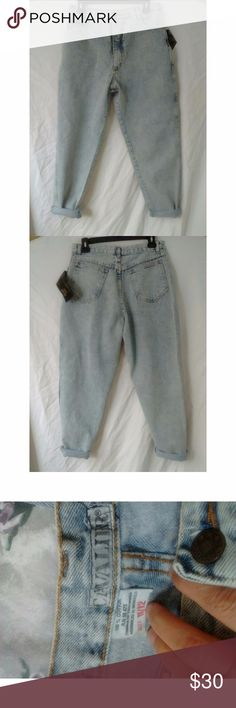 """Cavaliert Sportswear Vintage acid wash mom jeans There are new with tags but definitely vintage. Classic 90s mom jeans. Size marked is 11/12 but pay attention to measurements because they jeans fit more like a 6 or 8. Waist 30"""" rise 12.5"""" inseam 27"""" leg opening 5.5"""" Vintage Jeans"""