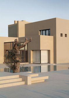 Stunning Abu Samra House in Amman, Jordan by Symbiosis Designs - Home Design and Home Interior Dream Home Design, Modern House Design, Home Interior Design, Exterior Design, Minimalist Architecture, Modern Architecture, Modern Buildings, Residential Architecture, Luxury Homes Dream Houses