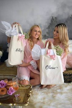 Etsy Monogrammed Name Tote Bag Wedding Gifts For Bridesmaids, Personalized Bridesmaid Gifts, Wedding Bag, Wedding Ideas, Dream Wedding, Bridesmaid Tote Bags, Bridesmaid Robes, Bridal Party Robes, Bridal Gifts