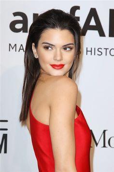 El peinado de moda: 'wet look' o efecto mojado en melenas largas