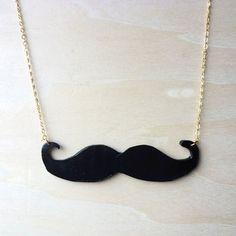 DIY Mustache Necklace