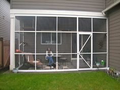 Catio Spaces Helps Cat Owners Build Safe Outdoor Havens For Their Feline Friends! Catio Spaces Helps Cat Owners Build Safe Outdoor Havens For Their Feline Friends! Outdoor Cat Enclosure, Cat Cages, Cat Run, Cat Playground, Cat Garden, Cat Condo, Outdoor Cats, Catio, Space Cat
