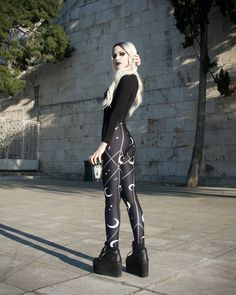Alignment Leggings Wicked style vibes with this sorceress. Mary De Lis wearing the Alignment legging Lace Front Wigs, Lace Wigs, Goth Pants, Nu Goth Fashion, Happy International Women's Day, Cosplay Wigs, Ladies Day, Alternative Fashion, Goth Girls