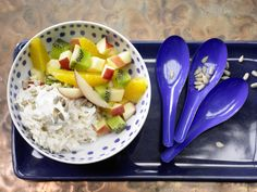 Cremiger Joghurt-Reis - mit frischem Obstsalat - smarter - Kalorien: 428 Kcal - Zeit: 25 Min. | eatsmarter.de