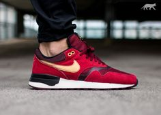 Nike Air Odyssey (Gym Red / Metallic Gold - Team Red)