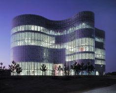Galeria de Clássicos da Arquitetura: Biblioteca da Universidade de Cottbus / Herzog & de Meuron - 2