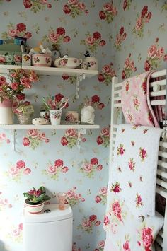 Shabby Chic Roses Wallpaper And Matching DecorI Still Love