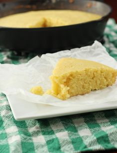 Sweet Southern Cornbread - This sweet, buttery cornbread will amaze you. Seriously. Amaze.