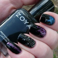 Zoya Wishes Collection: 2014 Winter/Holiday - Swatches and Review Zoya Willa base with Zoya Thea, Imogen and Nori accents