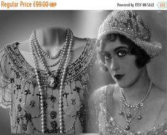 Vintage-Perlen verziert Diamonte Kristall von VintageMarvellous