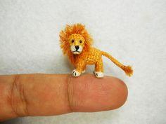 Adorabili animali in miniatura fatti all'uncinetto di Su Ami