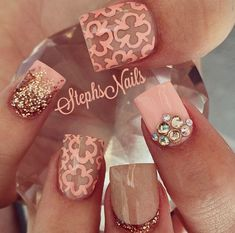 pointer finger and the pinky! Get Nails, Love Nails, How To Do Nails, Hair And Nails, Pink Nails, Crazy Nails, Fancy Nails, Pretty Nail Art, Cute Nail Art