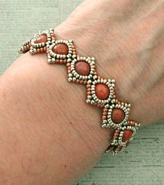 Bracelet of the Day: SimplElegance Bracelet - Pewter & Copper - Perlen Armbände. - Bracelet of the Day: SimplElegance Bracelet – Pewter & Copper – Perlen Armbänder – - Beaded Bracelets Tutorial, Beaded Bracelet Patterns, Seed Bead Bracelets, Seed Bead Jewelry, Sea Glass Jewelry, Silver Bracelets, Fine Jewelry, Jewelry Necklaces, Beaded Necklace