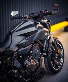 Mt 07 Yamaha, Yamaha Mt07, Bike Pic, Bike Photo, Futuristic Motorcycle, Motorcycle Bike, Cb 1000, Super Pictures, Motorcycle Photography
