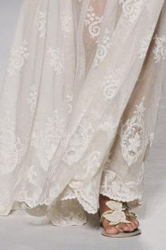 vintage lace + pretty flats. via Free Spirit / Wedding Style Inspiration / LANE (instagram: the_lane)