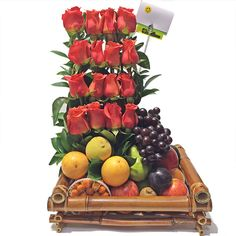 This Fresh Fruit arrangement with Roses is the perfect gift for an anniversary, Get well gift, or a Birthday. Rose Flower Arrangements, Fruit Arrangements, Fruit Flower Basket, Rose In A Glass, Flowers Wine, Wine Candles, How To Make Sausage, Fresh Bread