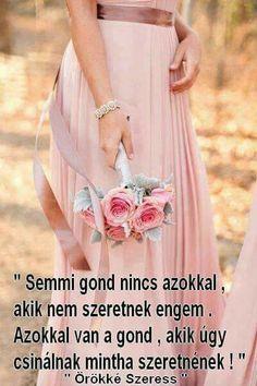 Prom Dresses, Formal Dresses, Skirts, Fashion, Dresses For Formal, Moda, Formal Gowns, Fashion Styles, Skirt