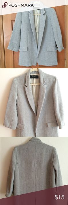 Zara Blazer Grey Zara Blazer. Slightly oversized and perfect for the upcoming fall season. Only worn twice and in good condition. Fully lined with pinstripe fabric. Purchased in Zara Spain. Zara Jackets & Coats Blazers