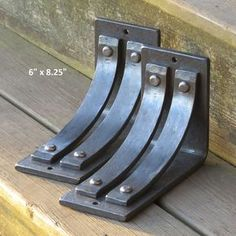 Saranac Brackets and Corbels. Includes two parentheses. Use American handmade steel! The Saranac range of brackets and brackets co. Shelf Brackets Rustic, Floating Shelf Brackets, Rustic Shelves, Shelving Brackets, Storage Shelves, Steel Shelf Brackets, Cube Shelves, Industrial Shelving, Rustic Industrial