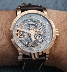 I admit to not having the most healthy relationship with the Armin Strom One Week Skeleton watch. Typically I am really respectful around pretty watches, but I may have some apologizing to do. Don't get me wrong, I am just as much a man as the next guy, but I certainly don't want to make a really good looking watch feel uncomfortable by ogling them in public..