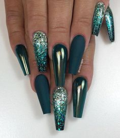 50 Fabulous Sparkly Giltter Blue Nails Design On Coffin And Stiletto Nails To Tr. - design 50 Fabulous Sparkly Giltter Blue Nails Design On Coffin And Stiletto Nails To Tr. Teal Acrylic Nails, Teal Nails, Dope Nails, Blue Coffin Nails, Nail Art Blue, Dark Nail Art, Blue Glitter Nails, Sparkly Nails, Green Nail Designs