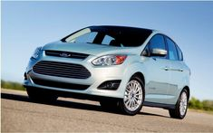 The car manufacturer Ford announced the recall of about 6,500 new vehicles including a safety device may be defective.The recall is in effect in Canada and the United States. It concerns the Focus compact model, the C-Max small crossover and sport utility vehicle (SUV) Escape. All vehicles are referred to the year 2013.   #500 vehicles in North America #car #cars guide #Ford #Ford recalled 6 #new vehicles #News #Reminders #The Car Guide #the cars #vehicle