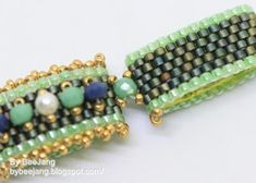 Tutorial : Carrie - Carrier beads bracelet By BeeJang Before I begin, you may ask what carrier bead is. It is a rectangular two holes b...
