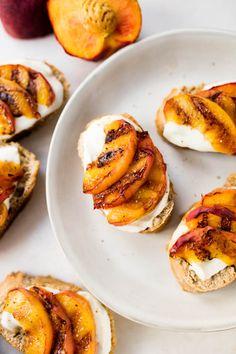 Vegetarian Tapas, Little Bites, Baked Potato, Sandwiches, Toast, Good Food, Peach, Breakfast, Ethnic Recipes