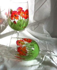 Hand painted wine glasses - red pop pie