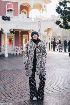 POLIENNE | wearing a VINTAGE faux fur, JULIA JUNE flare pants, PULL&BEAR bag in Antwerp, Belgium