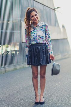 http://frillyskirts.net/post/58147127194/outfit-post-retro-print-by-persunmall