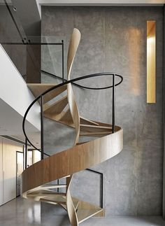 40+ Stunning Wooden Spiral Stairway Designs For Your Classic House