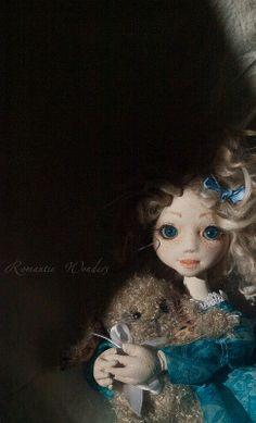 Iliana, art doll, ooak (rwdolls.com) Art Dolls, Disney Characters, Fictional Characters, Textiles, Romantic, Disney Princess, Olympus, Digital Camera, Diana