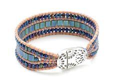 Bracelet Wrap, Beaded Bracelets, Leather Diy Crafts, Leather Jewelry, Leather Bracelets, Bijoux Diy, Beading Tutorials, Loom Beading, Bead Art