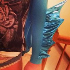 Got these arm fins done last night! In the home st… Flounder Costume, Fish Costume, Scary Costumes, Theatre Costumes, Halloween Costumes, The Little Mermaid Musical, Little Mermaid Costumes, Mermaid Costume Makeup, Sea Creature Costume