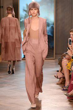 Max Mara - Resort 2016 - www.so-sophisticated.com