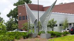 Icarus's Wings by Noah Z Brock in front of the AME building at Innovation Park