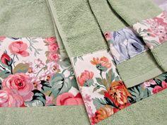 ALLISON TOWEL SET Custom Ralph Lauren fabric 4 Piece Set Pale Sage floral | eBay Owl Fabric, Fabric Decor, Cream Hand Towels, Laura Ashley Fabric, Ralph Lauren Fabric, Chair Cushion Covers, Floral Chair, Pillowcases & Shams