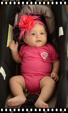"""A princesa Helena já sabe que caminhos trilhar...  Não e uma boneca, com o body CTR Sud for Kids e Pulseira da Bênção do bebê ? NHACK!""""  www.jeitosud.com.br"""