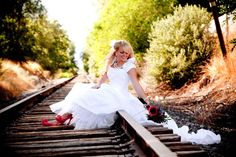Amazing bridal picture ideas  http://bridalphotographersutah.com/