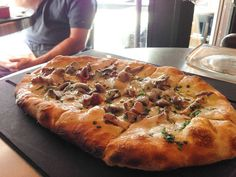 Serious Pie, stone oven baked artisan pizzas, like chanterelle and truffle oil! | Where to eat in Seattle
